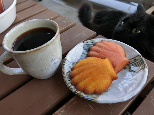 コーヒーとおやつ